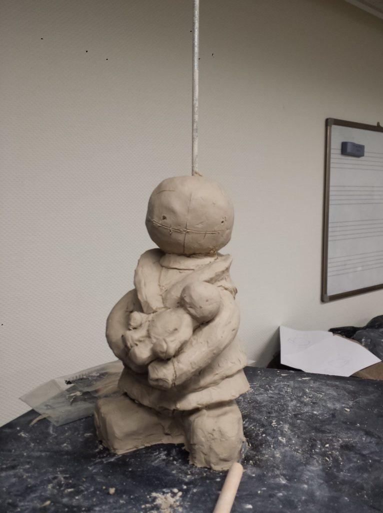 modelage en terre (argile) d'un personnages